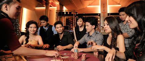 Laos poker jpg 940x400