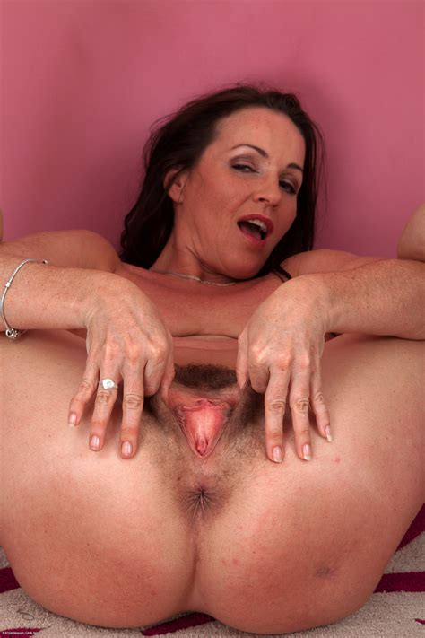 Atk natural and hairy hairy girls with hairy pussy jpg 2000x3000