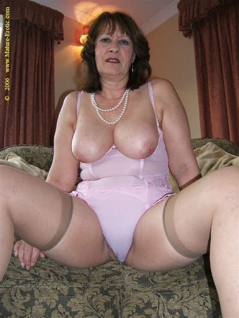 mature women underware pictures jpg 640x853